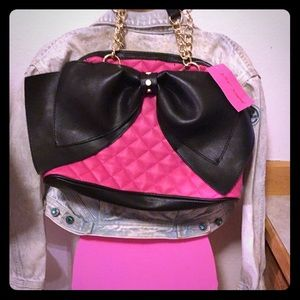 Bozeman Bow Bags Crayola Legging Pink Plus more